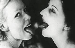 सेक्सी कमबख्त गर्मियों में हिंदी में सेक्सी मूवी फिल्म स्नानघर