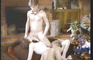 पुरुषों का अवसर था पेंट करने के लिए दो सेक्स सेक्सी हिंदी मूवी गर्म लड़कियों के लिए मुर्गा