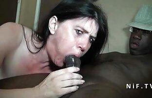 एक रोमांटिक मूड में सेक्सी मूवी सेक्सी मूवी हिंदी में एक आदमी को आत्मसमर्पण करने के लिए पूरी भावना के साथ बस्टी क्रह