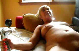 लोगों को खोजने के लिए फीता मोज़ा मूवी एचडी सेक्सी तल पर और एक त्रिगुट